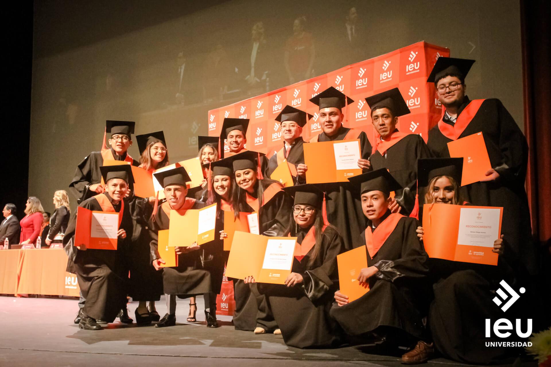 Universidad Ieu Graduacion 2019 11