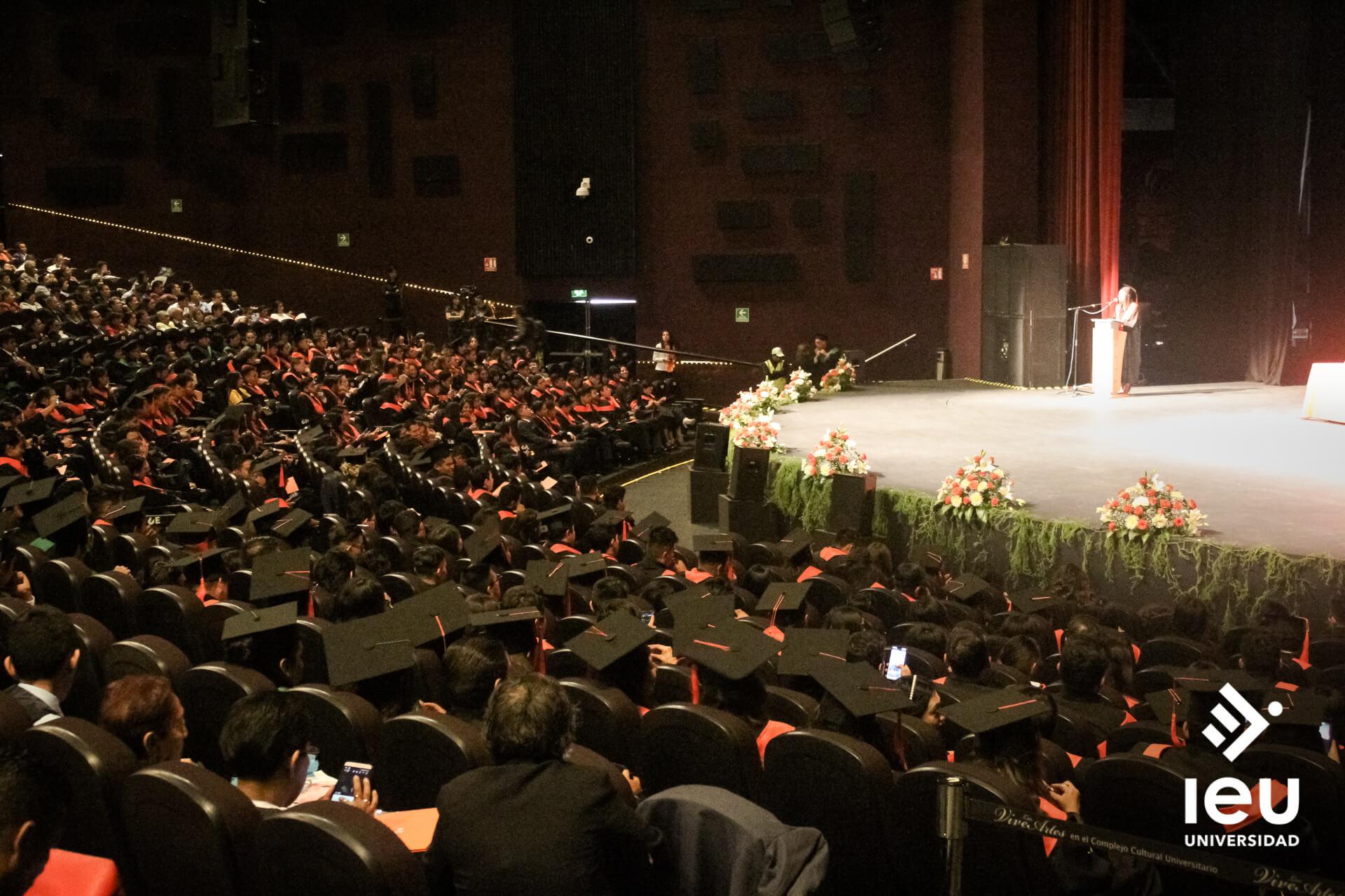 Universidad Ieu Graduacion 2019 14